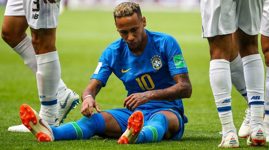 Неумар в первом тайме матча Бразилия – Коста-Рика