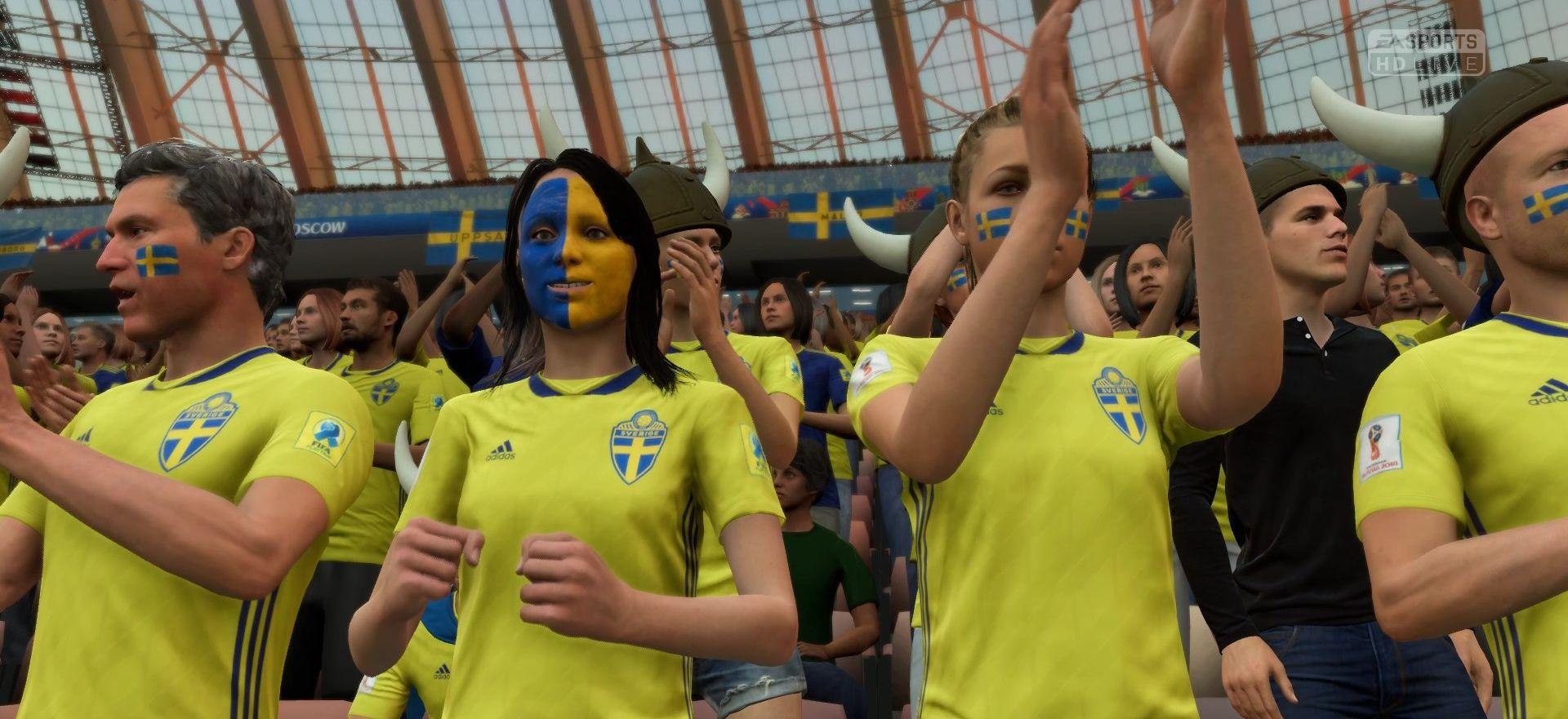 Шведские болельщики на матче Германия - Швеция