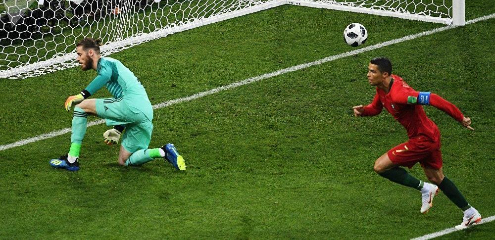 Криштиану Роналду забивает гол с пенальти в матче с Испанией на ЧМ-2018!